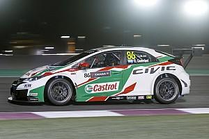 Spettacolare pole position di Guerrieri in Qatar, Michelisz solo 11°