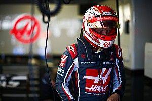 """Gêné par un Räikkönen """"désespéré"""", Magnussen est en colère"""