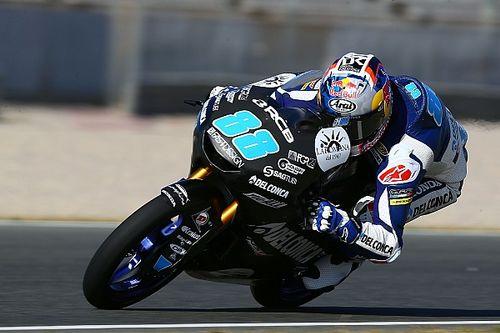 Bagnaia en Moto2 y Martín en Moto3, los más rápidos del primer día en Jerez