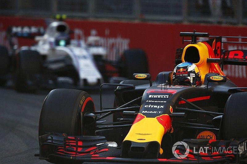 """Ricciardo na ongelofelijke zege: """"Hier heb ik geen woorden voor"""""""