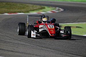 Ilott gana la última carrera en Monza