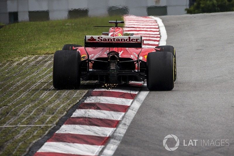Vettel teme una sanción por los daños en su caja de cambios