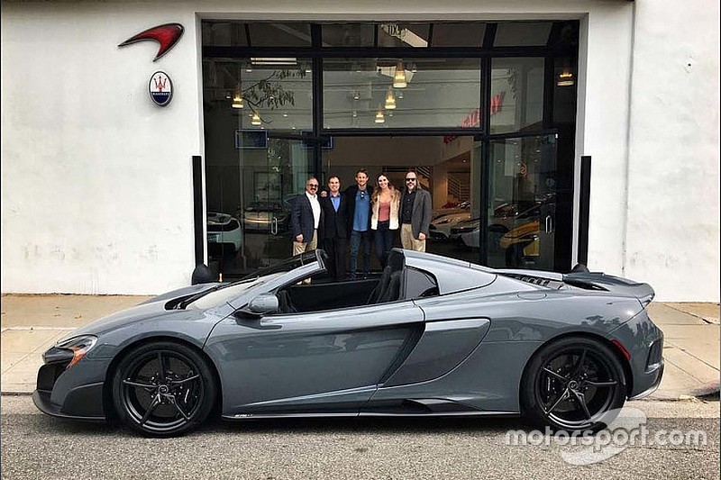 Mclaren Beverly Hills >> Jenson Button Mclaren 675lt Spider Ini Beverly Hills Te Teslim Aldi