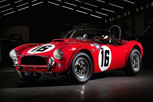 Новую Shelby Cobra построили по следам фильма «Ford против Ferrari»