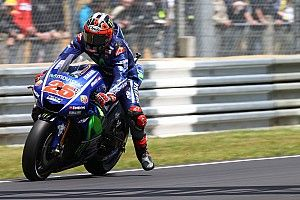 Виньялес готовил решающую атаку на Росси в последнем повороте гонки