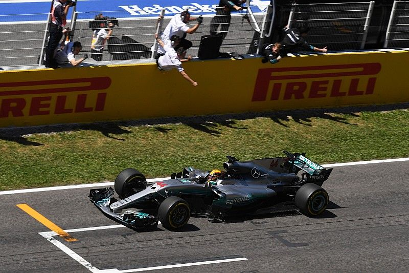 """""""Magic call"""" crucial to Hamilton victory - Wolff"""