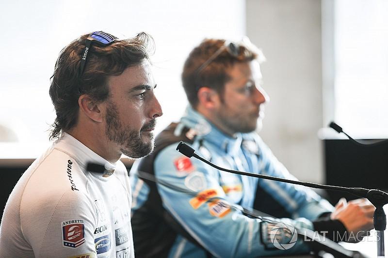 """""""Alonso está mejor preparado que la mayoría de novatos,"""" dice Andretti"""