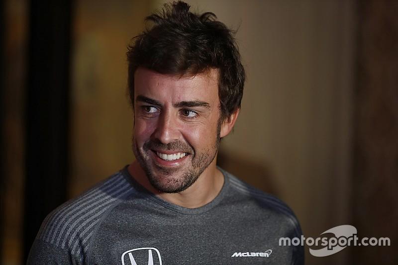 """Alonso: """"No voy allí a mirar los coches, voy a competir"""""""