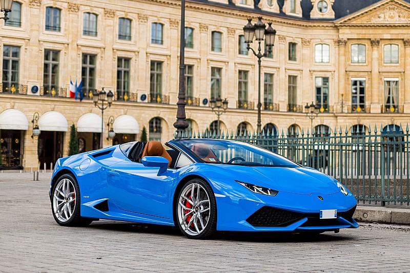 Une Lamborghini Huracán star de la place Vendôme
