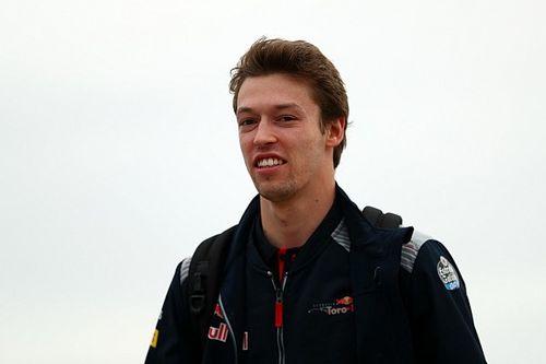 Kvyat cobra decisão rápida da Red Bull sobre futuro