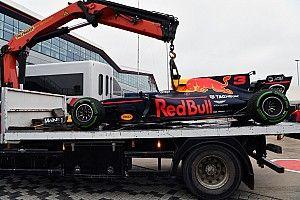 Red Bull saisit l'occasion pour changer le moteur de Ricciardo