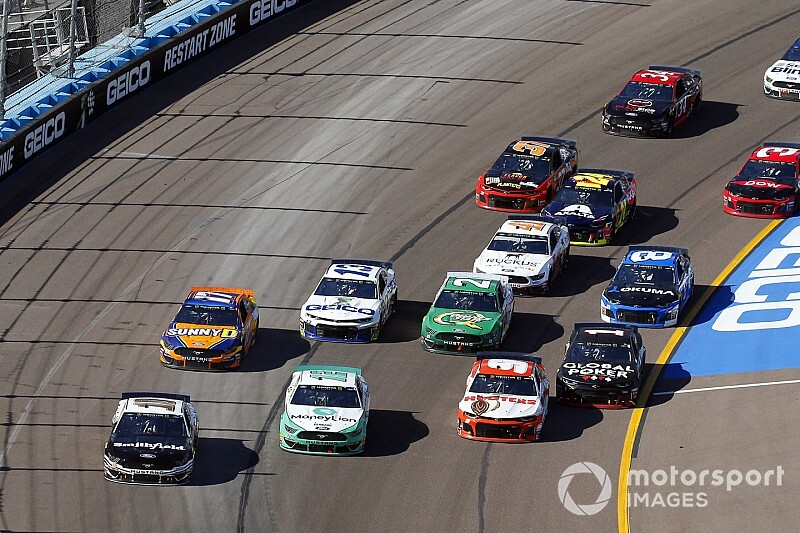 NASCAR weekend schedule at Phoenix