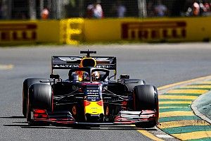 F1オーストラリアGPフリー走行2回目速報:レッドブルが3、4番手。最速はハミルトン