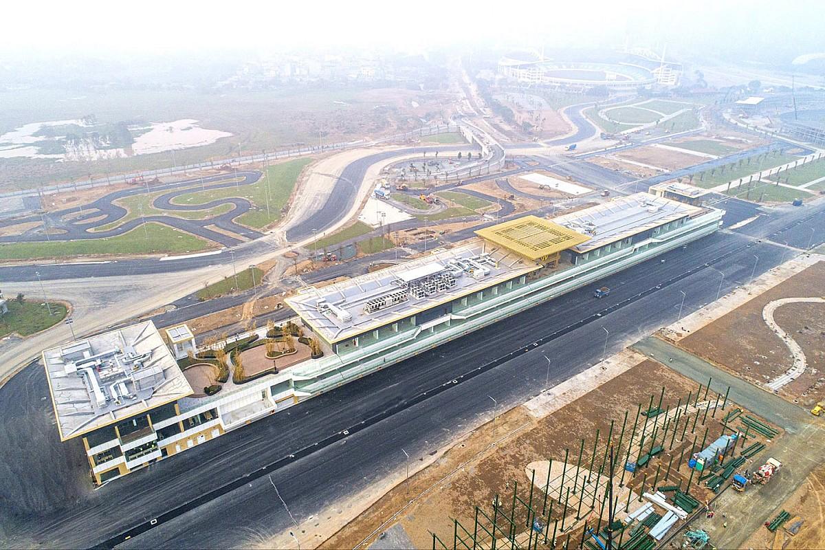 Calendario F1: salta il Vietnam, ecco le 23 date 2021