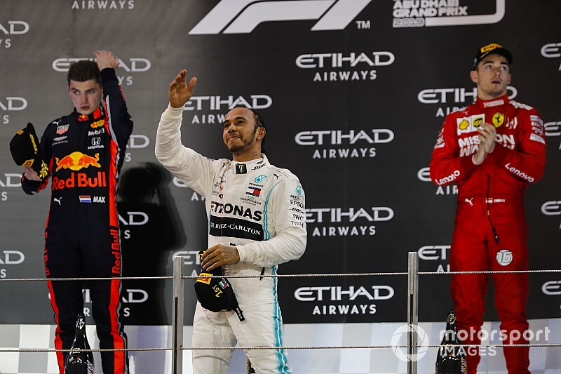Abu Dhabi GP: Hamilton cruises to crushing victory