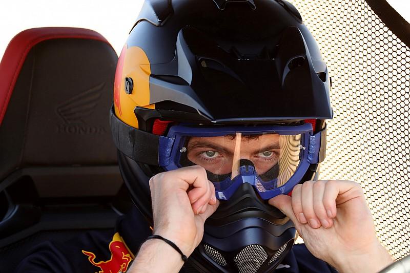 Verstappen majdnem kétszer annyi pénzt kap a Red Bulltól?