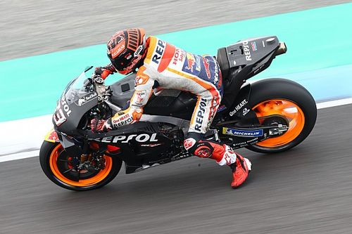 Marquez dislocated shoulder after crashing on damp patch