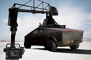 Videó: Mire lehetne használni a Tesla Cybertruckot egy filmforgatáson