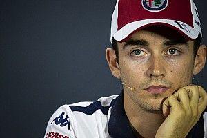 """Leclerc """"en total désaccord"""" avec Whiting sur Magnussen"""