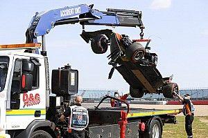 Fotos: el regreso de Hulkenberg y el intenso viernes de Silverstone