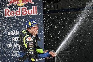 """""""Rossi siente que es su moto nuevamente"""", dice Jarvis"""