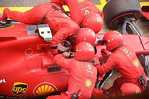 Leclerc aveva le cinture slacciate: si è dovuto fermare!