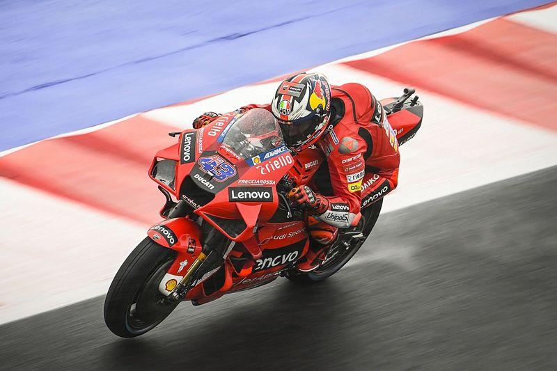 MotoGP   Misano, Libere 2: Miller e Ducati al top, Quartararo 16°