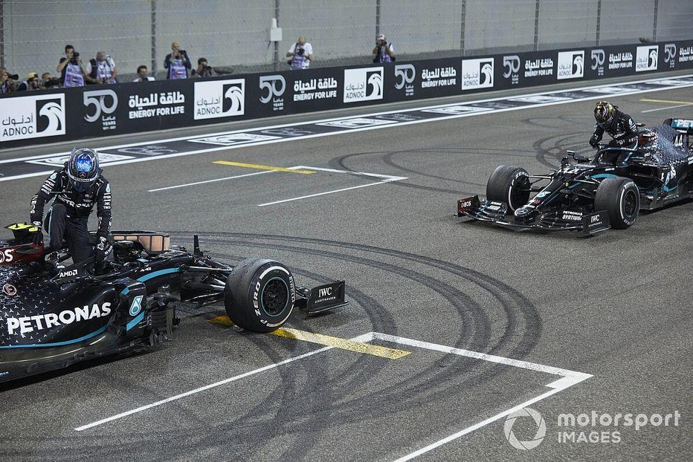 """Hamilton fala de Bottas: """"Não é fácil ser meu companheiro"""""""