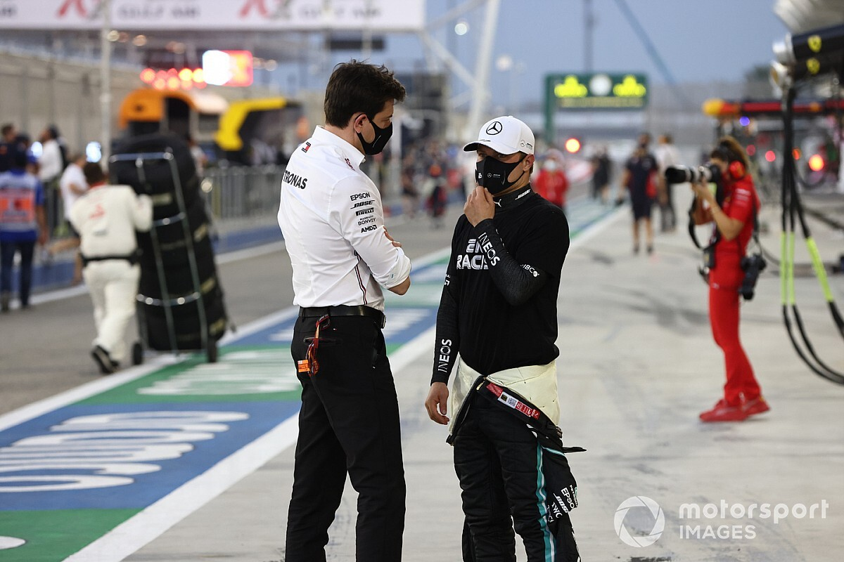 """Wolff: Bottas has """"unconditional support"""" from Mercedes"""