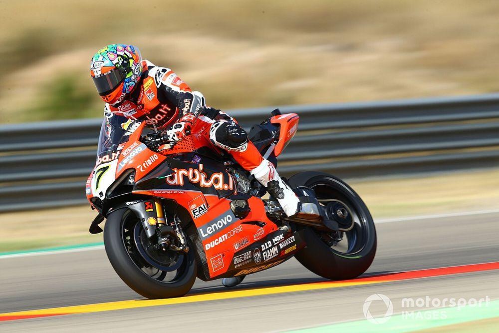 Aragon WSBK: Davies tops Friday practice, Lowes crashes