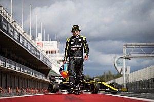 Алонсо решил выгнать Renault на работу 1 января