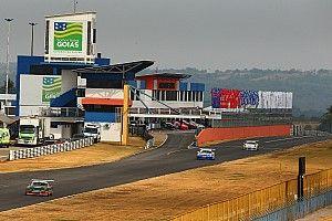 Veja como foram os treinos e corridas da sexta-feira da Porsche Cup em Goiânia