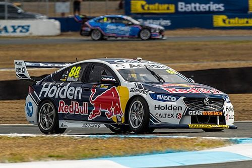 Ipswich Supercars: Whincup snaps winless streak