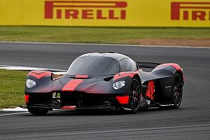 Première en piste pour l'Aston Martin Valkyrie