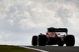 """Vettel: """"Está muy apretado entre Red Bull y nosotros"""""""