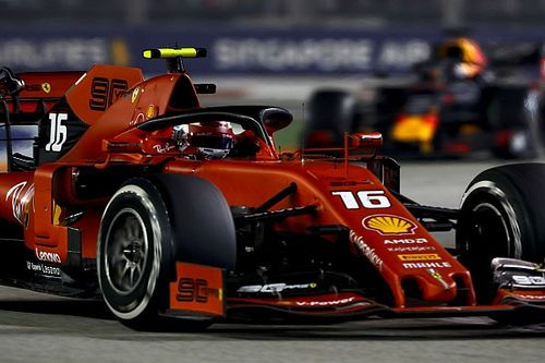 Hoe Ferrari Leclerc onbedoeld de zege ontnam in Singapore