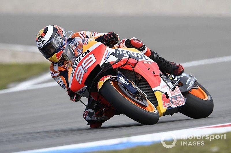"""Lorenzo: """"Ci vorrà del tempo per ritrovare la velocità"""""""