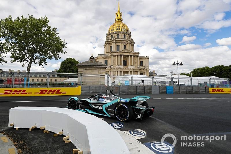Jaguar na czele