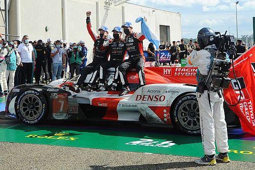 Невезучий экипаж Toyota наконец выиграл в Ле-Мане