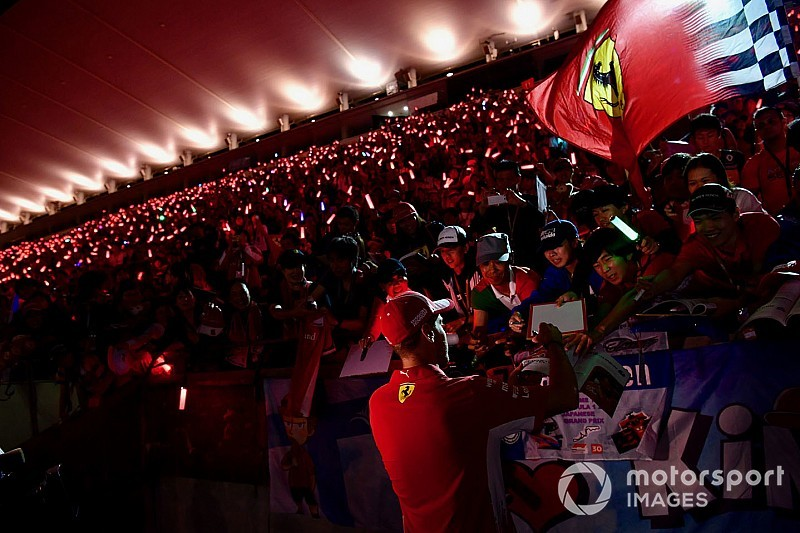 Arrivabene defiende a Vettel y asegura que Ferrari no se rinde