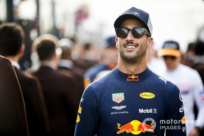 Ricciardo: Staying at Red Bull Honda was riskier option