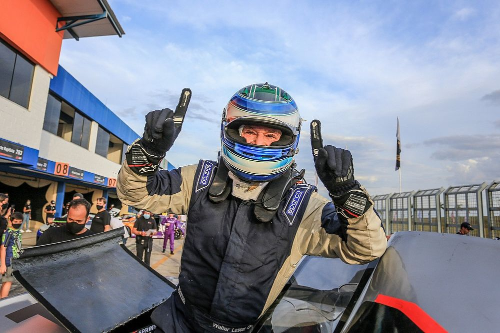 'Genro' de José Carlos Pace, Lester se destaca na GT Sprint Race