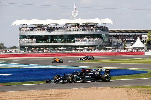 """F1 - Hamilton: """"Não tive espaço em incidente com Verstappen, ele é agressivo"""""""