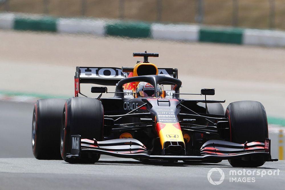 Verstappen, Vettel'in kendisini engellediğini düşünüyor