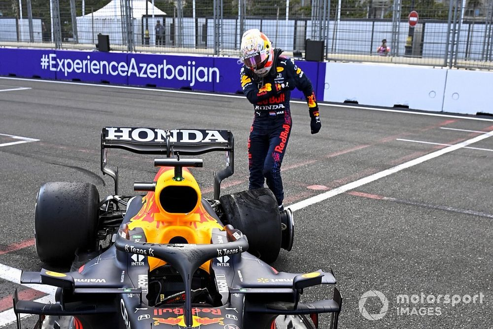 フェルスタッペン、勝利目前でまさかのタイヤトラブル「ピレリはデブリのせいにするだろうけど……」