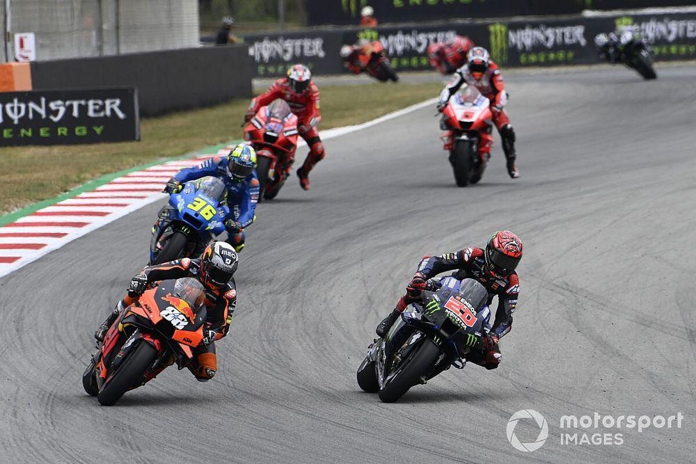 Defect racepak levert Quartararo nog een straf op in Barcelona