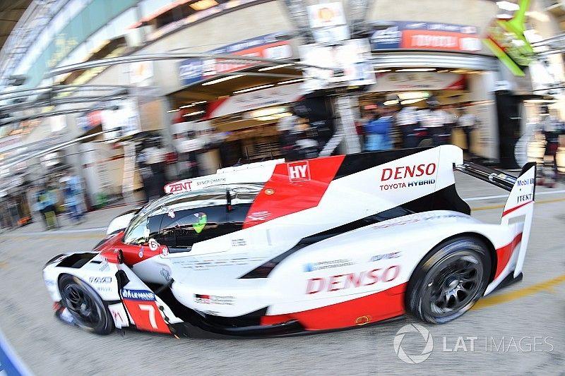 Le Mans 24 Jam: Toyota pimpin Porsche setelah empat jam