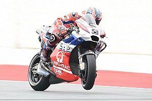 Петруччи стал быстрейшим по итогам пятницы, Маркес попал в аварию