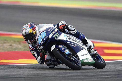 Jorge Martín se fue al piso, pero logró la pole en Moto3