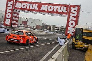 Motor Show, Seat Leon Cup: Bettera sbatte, tutto facile per Giacon